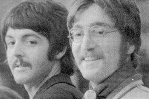 Les Rolling Stones ont-ils imité les Beatles?