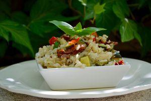 Salade de riz aux légumes du soleil
