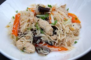 Poulet bò bún (Vietnam)