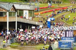 CHAMPIONNAT DE FRANCE VTT 2012 A SUPER BESSE : PHOTOS et VIDEO (2/3)