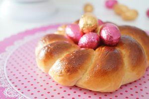 Les nids briochés, pains au lait en couronne