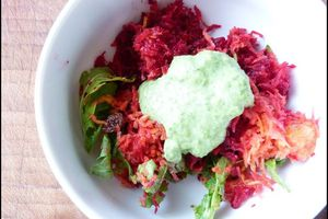Salade de betteraves rouges, carotte & roquette