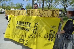 La Roche-sur-Yon. Amnesty International manifeste pour le droit à l'accueil des réfugiés.