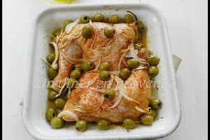 Cuisses de poulet au paprika, piment d'Espelette & olives