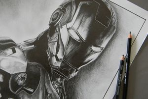 Portrait d'Iron Man au crayon