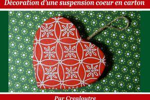 DIY facile : décorer une suspension coeur en carton