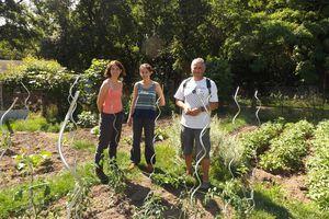 Deux étudiantes du Muséum d'Histoire Naturelle de Paris à la rencontre des jardiniers