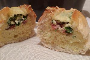 Petit pain au sücuk ( Saucisse turque )
