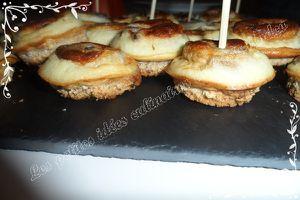 Croque-quiches noix /roquefort et saumon aneth.