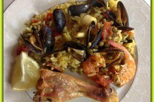 Paella cuite dans l'Omnicuiseur