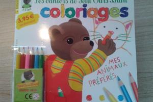 Cahier de coloriages Petit Ours Brun
