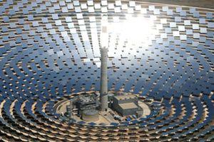 L eau, le Sahara et les centrales solaires a concentration