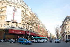 Travail dominical Galeries Lafayette: FO réaffirme son opposition