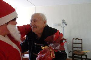 Le Père Noël passe dans les logements