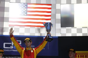 Alexander Rossi rebondit en IndyCar