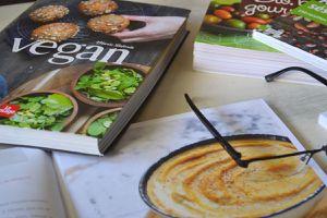 """""""Vegan"""" de Marie Laforêt et autres livres de cuisine végéta*ienne"""
