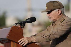 Le président Raúl Castro préside le meeting central de la Journée de la Rébellion Nationale