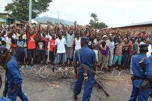 Burundi : Le conseil national de sécurité appelle à la fin des manifestations, et à la remise des armes volées à la police