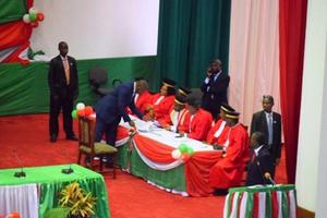 Burundi : Ijambo rirambuye Pierre Nkurunziza yavuze amaze kurahirira kuzayobora indi myaka 5.