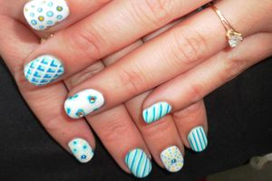 Nail art ( dotting tool)