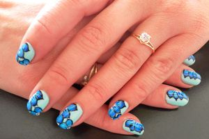 Nail art (one stroke)