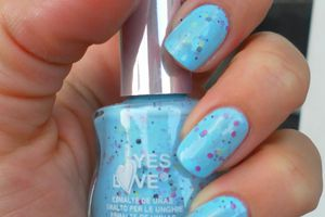 "vernis ""Yes love"" colour speckled ( coup de coeur)"