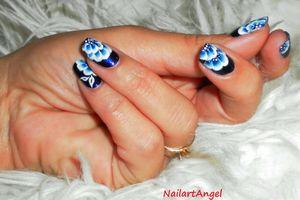 Nail art fleur de nuit (one stroke) tutoriel image et vidéo