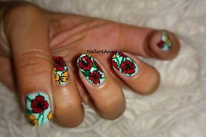 Nail art fleur tropicale, tuto image (simple à réaliser)