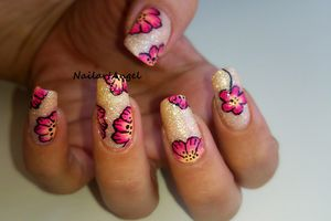 Nail art fleurs (vernis sable) one stroke