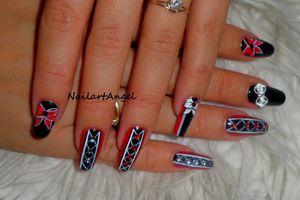 #galerie : nail art corset sexy