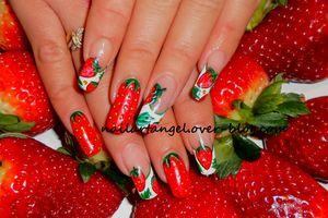 #galerie #nailart #nailart fraise #fraise
