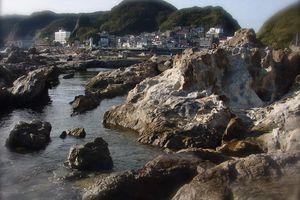 Préf. de Chiba : Le petit port de Futomi et l'île de Niémon