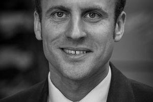 Emmanuel MACRON contre l'État, contre les jeunes, contre la France