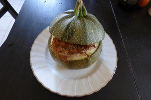 Légumes farcis vegan ( courgettes , tomates, pommes de terre )
