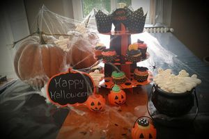 Cupcakes d'Halloween à la crème beurre meringue suisse