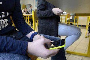 Un élève peut-il se servir de son portable au collège?
