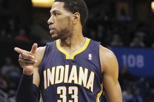 OFFICIEL : Danny Granger coupé