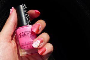 Nail art: Drégradé fleuri