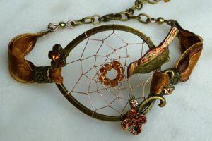 Mélodie d'Automne - Bracelet ethnique chic aux couleurs d'automne en laiton et cuivre vieillis tissé d'un attrape-rêves