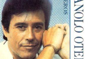 Manolo Otero -  Cantante español,