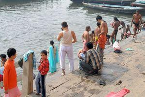 BENARES ou VARANASI (Vallée du Gange)