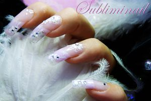 Huile pour les ongles fragiles
