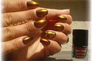 Vernis duochrome reflets cuivré or et Bandes Strip or