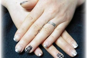 french gris argent nailart baroque