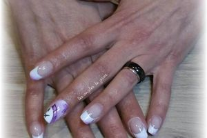 french nailart horloge en porcelaine