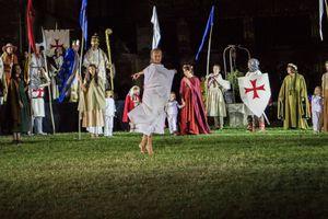 Vézelay s'enflamme : première représentation