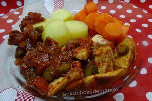 sauté de poulet à la sauce tomate aux cornichons -LIGHT-