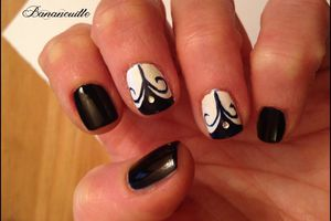 "Nail Art "" Née Jolie"""