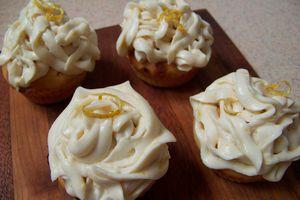 Muffins au citron et petit coeur au curd...