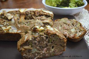 Cake au sarrasin, brocolis, jambon, amandes et parmesan